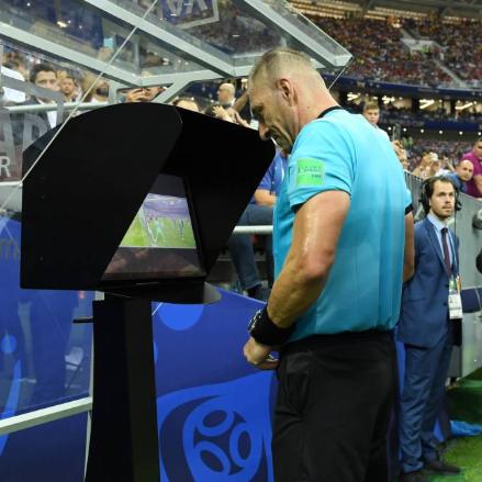 Uso del VAR en Copa América: Diferencias con Europa